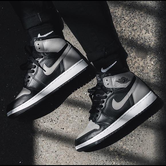 best authentic 4943d 83ebb Boy's Air Jordan Retro 1 High OG Shadows Sneakers NWT
